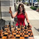 Jaki Playing Chess